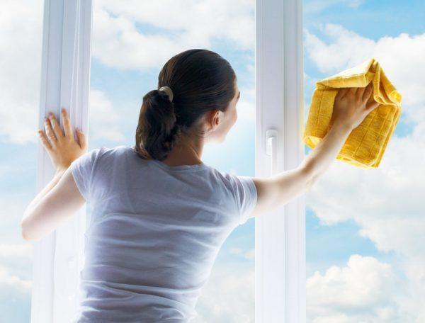 Kak pravilno i bystro pomyt okna