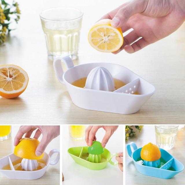 Картинки по запросу Соковыжималка для цитрусовых на кухне