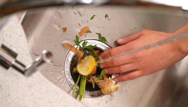 Продукты, из-за которых может засориться раковина. Такие продукты ни в коем случае нельзя смывать в раковину!