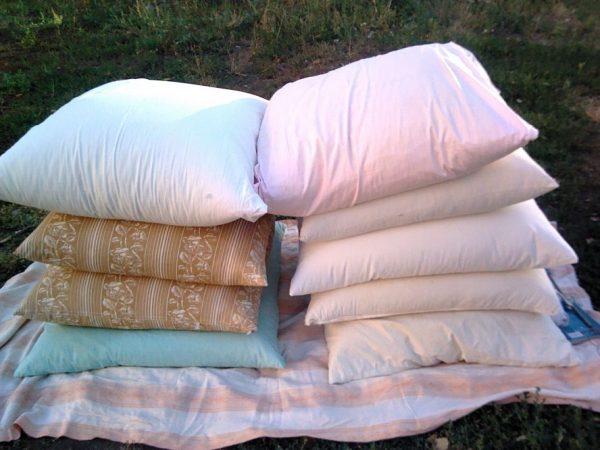 Почему старые подушки лучше не выбрасывать?