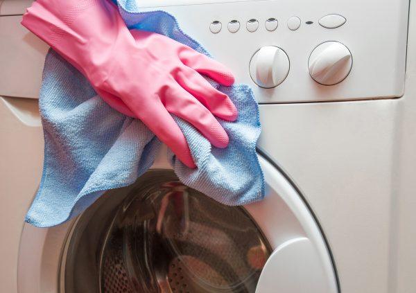 Для чего я кладу стиральный порошок сразу в машинку, а не в лоток