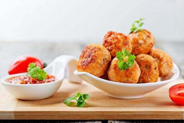 Какие из готовых блюд можно замораживать, а потом, разогрев, употреблять в пищу.